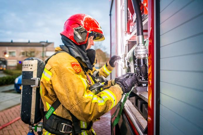 Hoe de uitslaande brand kon ontstaan is nog niet duidelijk.