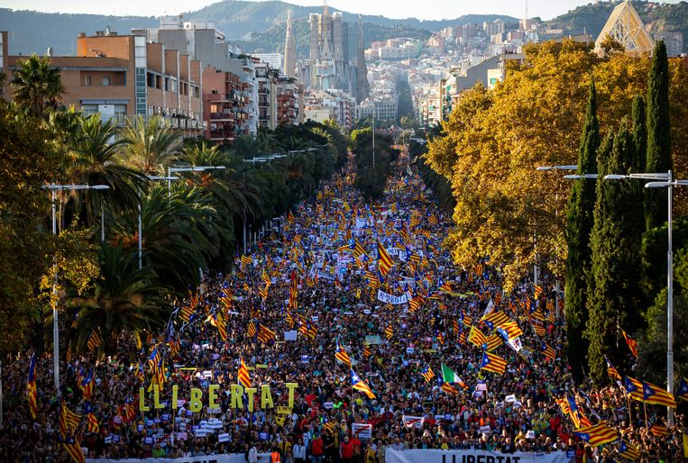 Eerder protest met 350.000 deelnemers verliep wel vreedzaam in Barcelona.