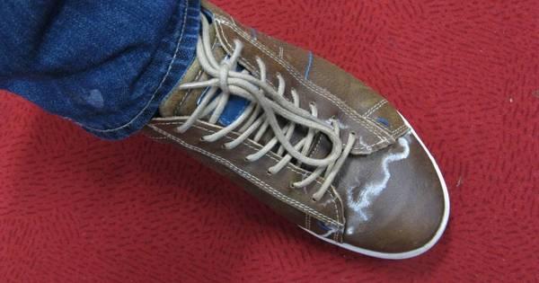 Hoe verwijder je witte kringen van een schoen apeldoorn - Hoe kleed je een witte muur ...