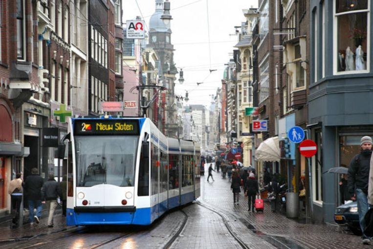 CDA en PvdA willen dat iedereen die zich in het openbaar vervoer ernstig misdraagt, direct een verbod krijgt om nog met trein, tram of bus te reizen. Foto Liesbeth Dingemans Beeld