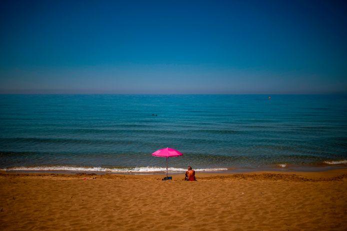 De Griekse stranden bleven onbereikbaar voor de Nederlandse toeristen.