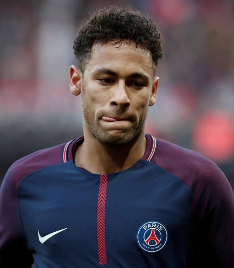 Neymar: Ik blijf in Parijs