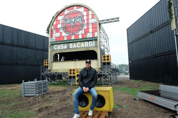 Organisator Wim Van der Borght op het festivalterrein.