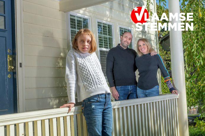 Vlaming Raoul Dexters met zijn echtgenote Erin Starr, samen met negenjarige dochter Elise.