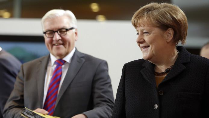 Frank-Walter Steinmeier, ministre des Affaires étrangères, et Angela Merkel