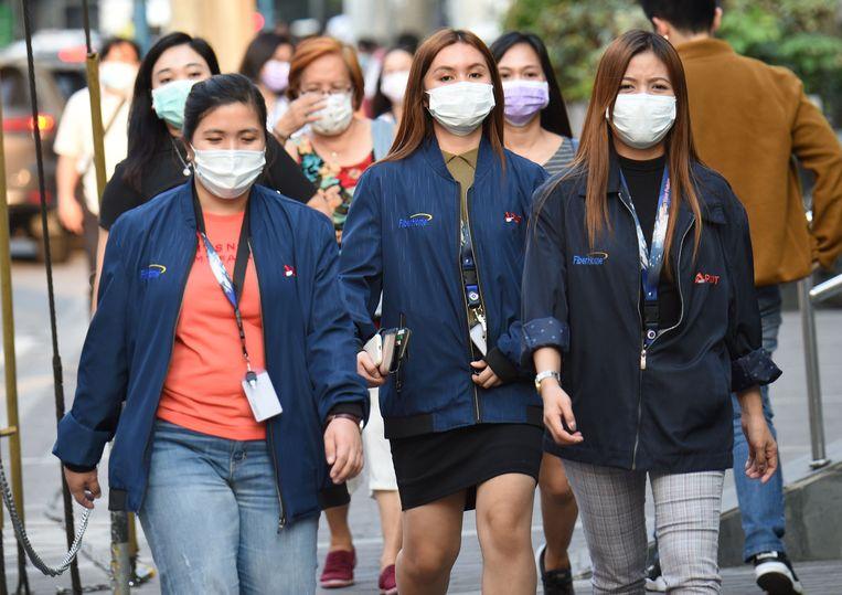Het coronavirus heeft al aan 427 slachtoffers het leven geëist.
