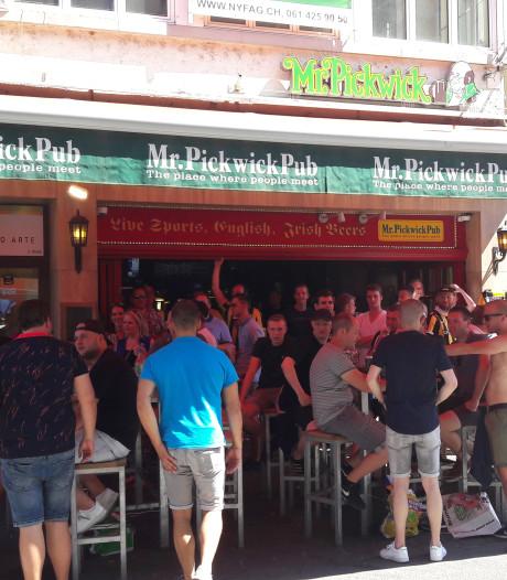 Fans Vitesse in de file in Duitsland, relaxte sfeer in Basel