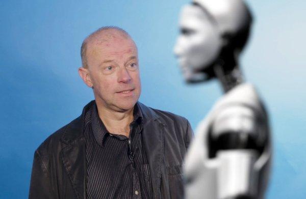 De robot is nep, de wereld echt