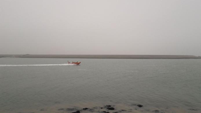 Met verschillende boten werd naar het wrak gezocht.