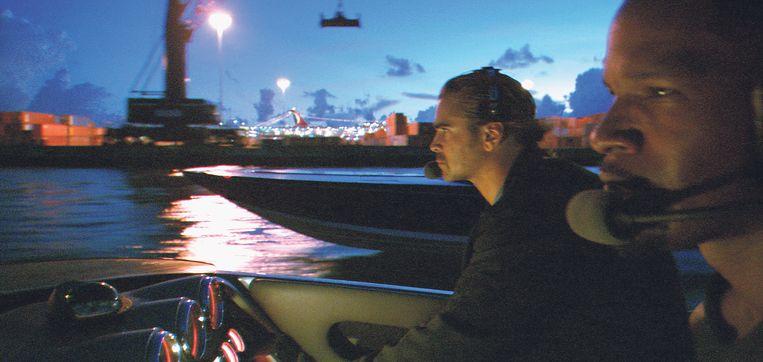 Colin Farrell (links) en Jamie Foxx in Miami Vice (de film, uit 2006) van Michael Mann. Beeld Universal Studios
