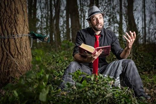 Jeroen van Hoek is tegenwoordig schrijver en verhalenverteller.