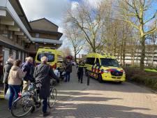 Gewonde met spoed naar het ziekenhuis na val aan Catsveld in Gouda