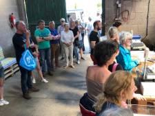Ruim een uur in de rij om asperges te kopen voor Pasen