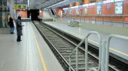 Ruzie loopt uit de hand in Brussels metrostation: vrouw duwt andere vrouw op de sporen