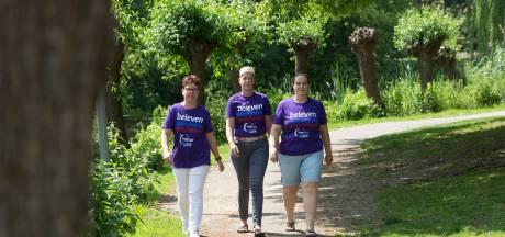 Lachen en huilen tijdens wandeling tegen kanker in Doesburg