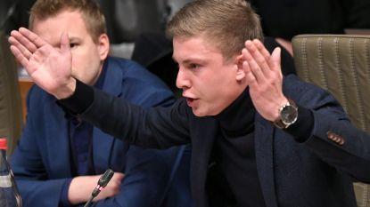 Stadionverbod dreigt na opgestoken middelvinger voor Vlaams parlementslid