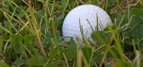 Golfers Nistelrode brengen 5.000 euro in het laatje voor het goede doel