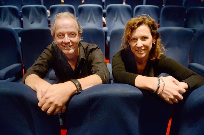 Regisseur Frank Nijhuis en muzikaal leider Jacqueline Rosdorff.