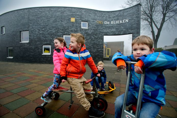 Basisschool De Blieken in Klaaswaal is straks een kindcentrum met kinderopvang, peuterspeelzaal en basisschool onder één dak.