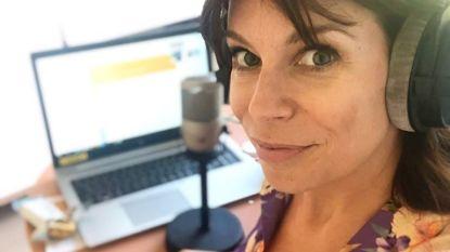 """De lockdown van Evy Gruyaert: """"Radio maken vanuit de kamer van mijn dochter"""""""