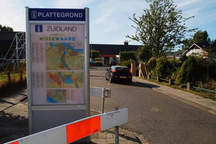 De plattegrond van Zuidland staat in Oudenhoorn.