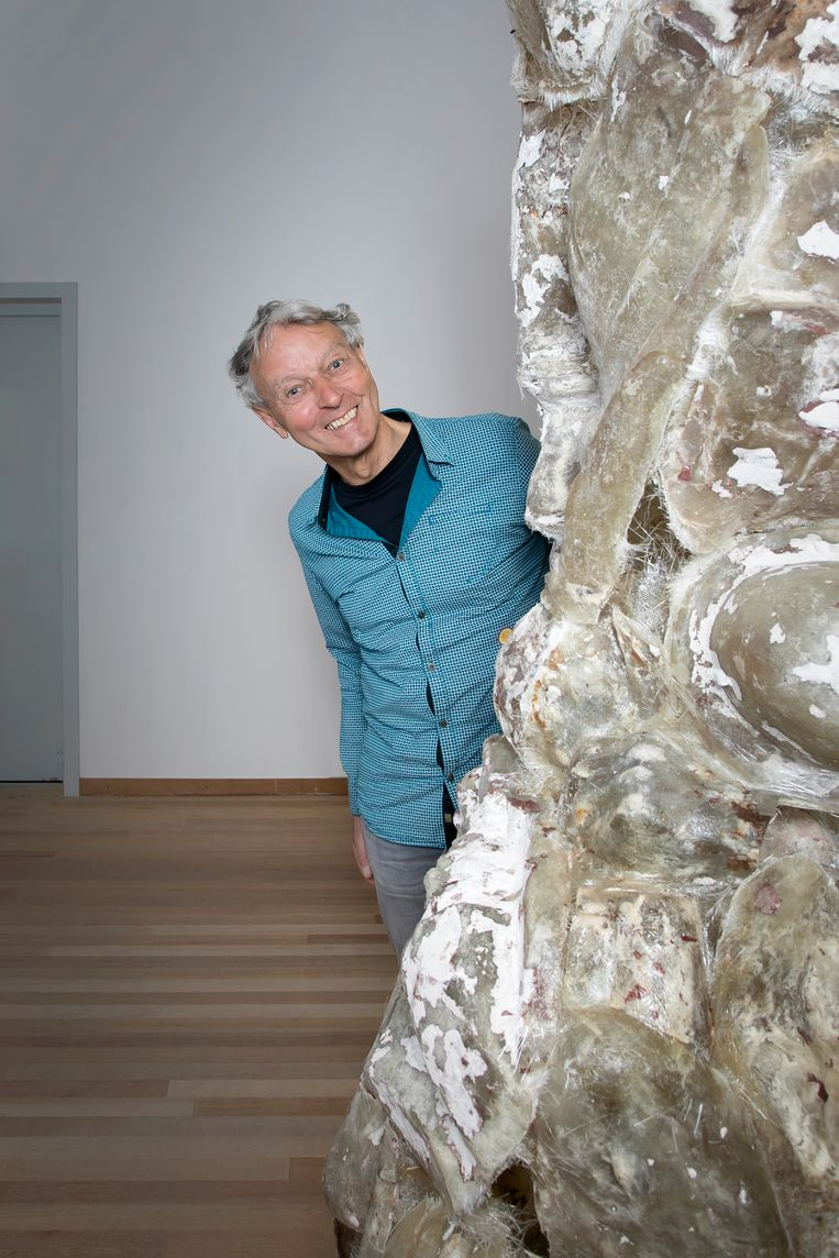 Een bezoeker van het Bonnefantenmuseum in Maastricht. Beeld Judith Jockel