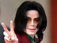 Familie Michael Jackson geeft drie ton aan entertainmentindustrie