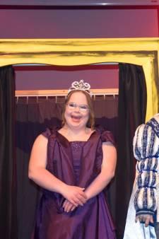 Pim en Josephine zijn prins en prinses van mensen met een verstandelijke  beperking