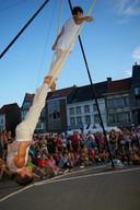 2009: een peperdure editie met ook luchtacrobaten en heel wat randanimatie overal in de stad.