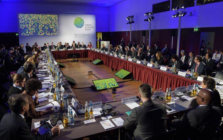 Leden van het Green Climate Fund tijdens een vergadering in Berlijn.