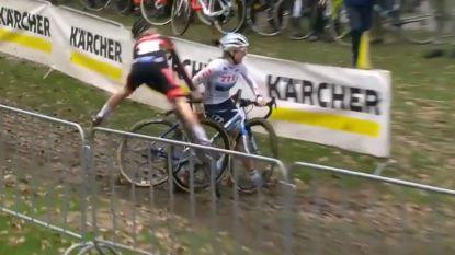 Kastelijn brengt Verdonschot ten val na vreemd manoeuvre, Nederlandse in tranen over de finish en uit uitslag geschrapt