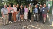 Meisjes uit de Westhoek verzamelen ruim 2.400 handtekeningen tegen bomenkap in Alveringem