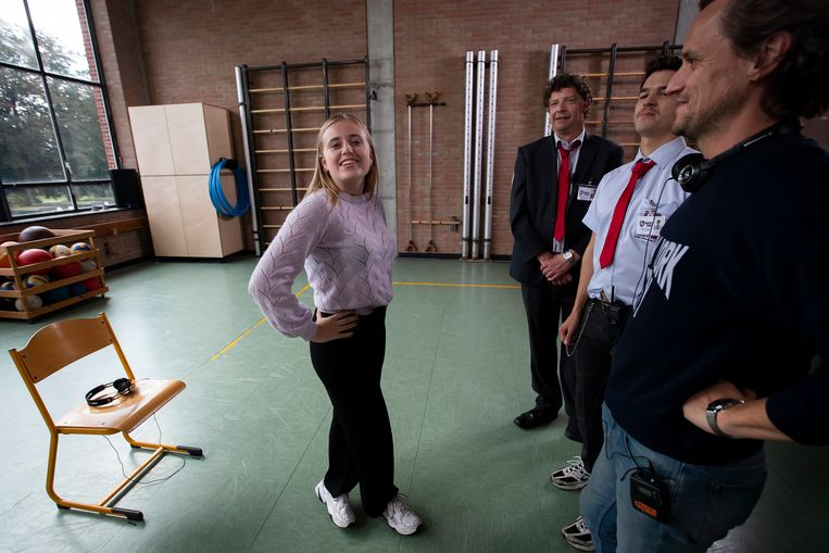 Margo Houtmeyers (16) gaat de uitdaging aan om acht weken lang te mediteren.