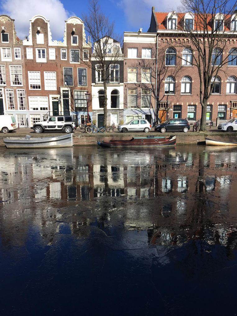 IJsvorming op de Prinsengracht Beeld Inge Gooskens