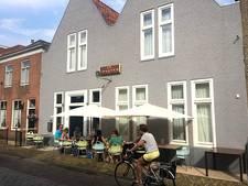 Burgemeester Klijs opnieuw naar Willemstad voor overleg over terrassen