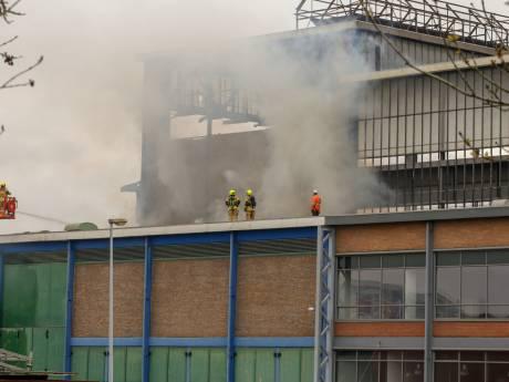 Brand in slooppand van Nedstaal in Alblasserdam