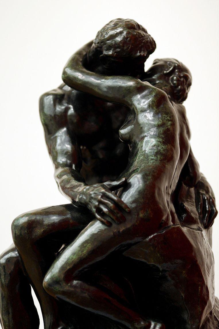 De kus van Rodin Beeld anp