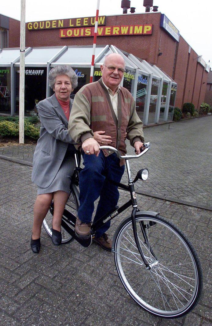 Net toen het Valkenswaardse echtpaar Verwimp na 53 jaar hun rijwielzaak aan de kinderen wilde overdragen in 2001, werd ze 's nachts overvallen. Pas in 2017 werd de tweede dader opgepakt en daarna veroordeeld maar deze Bosschenaar ontkent.