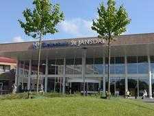 Utrechter meldt zich met meerdere schotwonden bij ziekenhuis Harderwijk