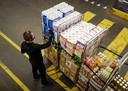 Extreme drukte bij het distributiecentrum van Jumbo.