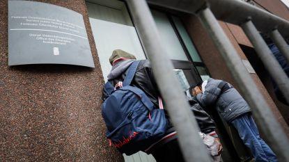 De Block: vraag over wet op woonstbetredingen komt niet van DVZ, maar van commissie-Bossuyt