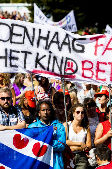 Grootste vakbond van Nederland wil dat jeugdzorg compleet op schop gaat