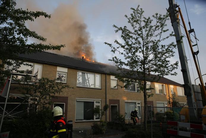 Brand in woning aan de Freesiastraat in Oosterhout.
