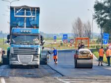 Siliconengoedje bij Zelzate is met geen mogelijkheid van de weg te krijgen: dan maar nieuw asfalt erop