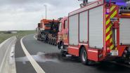 Even verkeershinder door truck met oververhitte remmen