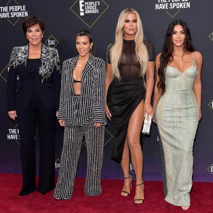Van links naar rechts: Kris Jenner, Kourtney Kardashian, Khloé  Kardashian en Kim Kardashian