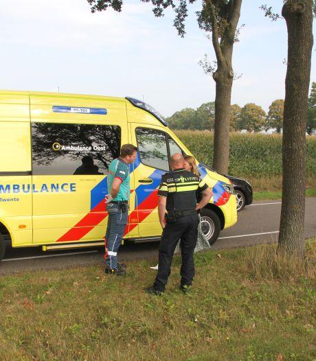 Fietser gewond bij aanrijding met brommobiel in Rijssen