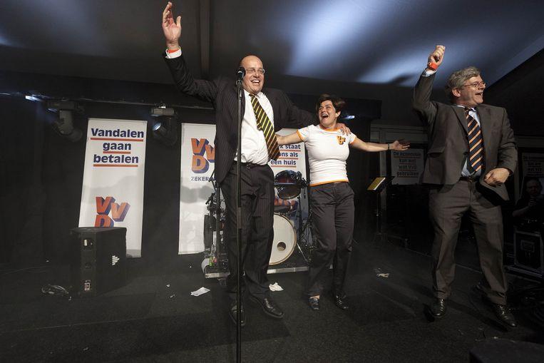 Van Miltenburg viert de VVD-verkiezingszege met Fred Teeven en Charlie Aptroot in juni 2010 Beeld Martijn Beekman