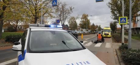 Bestuurder scootmobiel naar ziekenhuis na aanrijding door automobilist op zebrapad