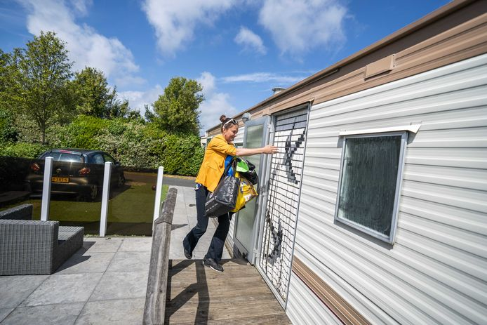 Mensen met een eigen vakantieverblijf met sanitair mogen sinds 1 mei weer zelf gebruik maken van hun stacaravan of vakantiehuis.